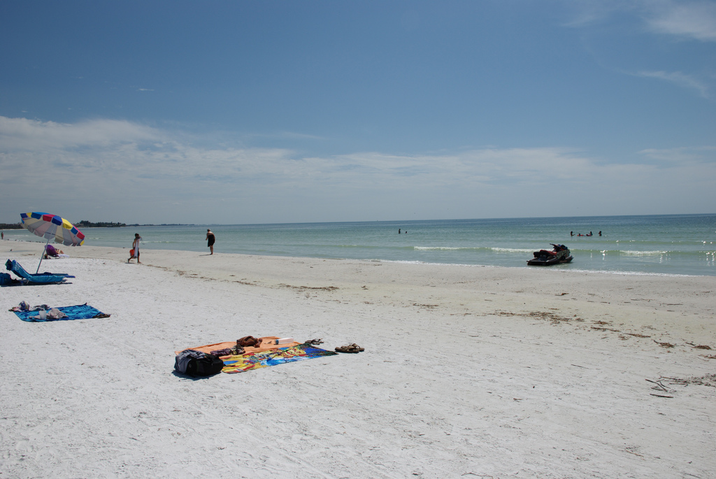 Florida beach picture by Flickr user Adam Caudill